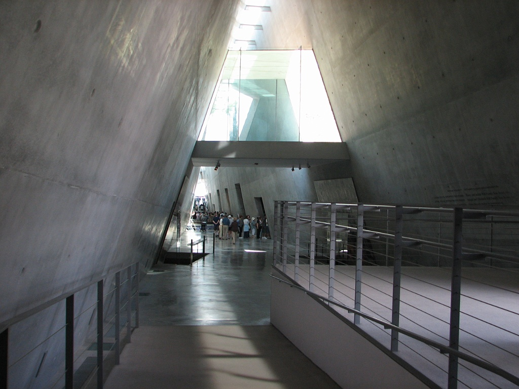 Excellent Holocaust Museum Israel 1024 x 768 · 219 kB · jpeg
